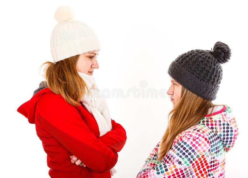 年轻姐妹争论 免版税图库摄影