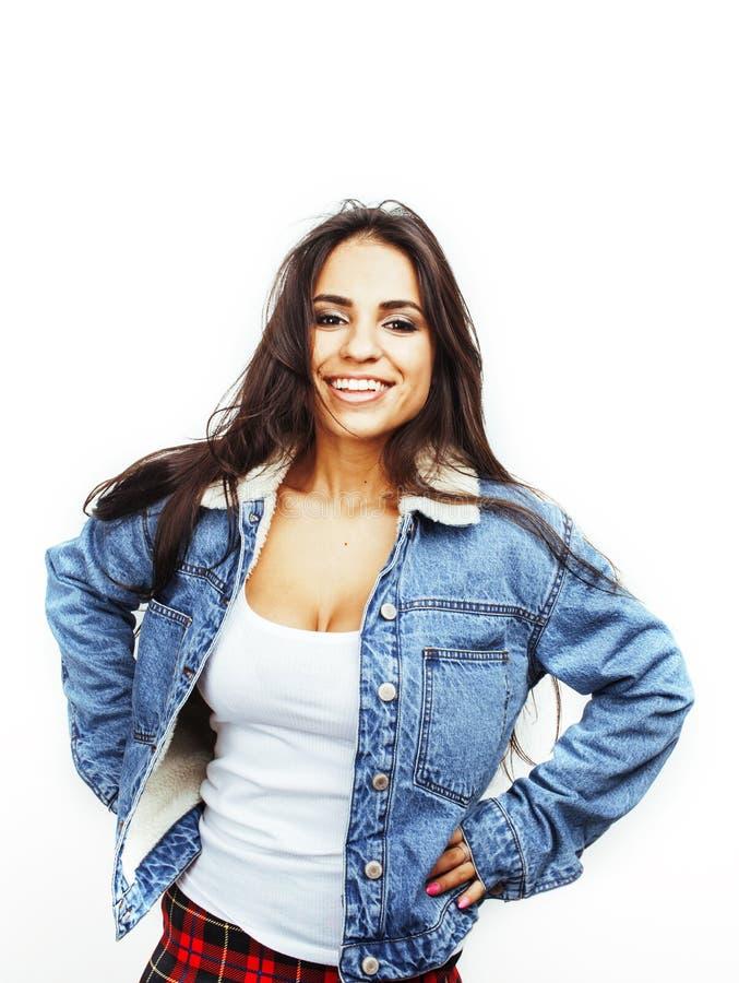 年轻愉快微笑的拉丁美洲十几岁的女孩情感摆在 免版税库存图片