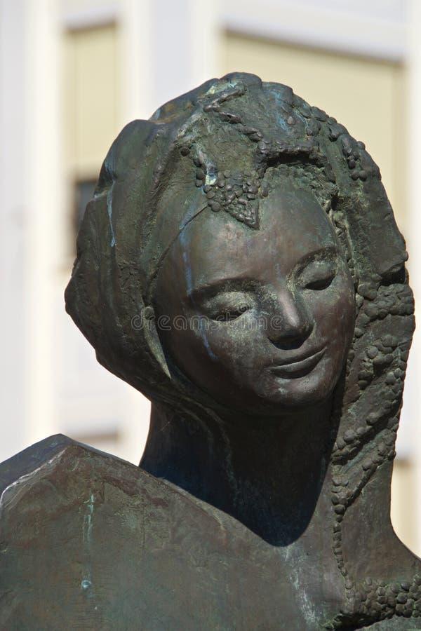 年轻未婚的雕象在利昂,西班牙 库存图片
