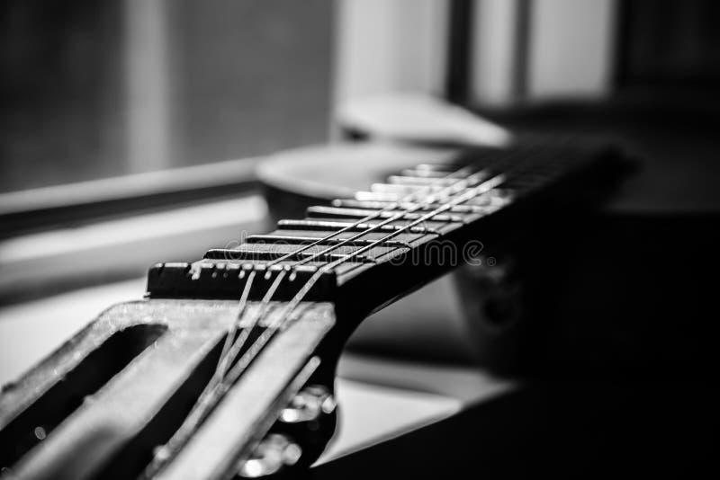 年迈的吉他Fretboard  免版税库存照片