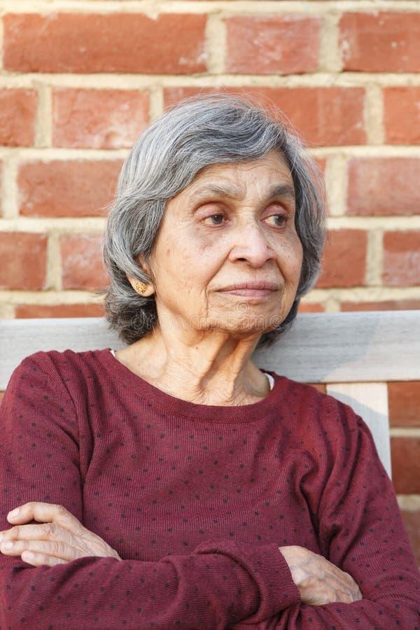 年长亚裔印度妇女 库存图片