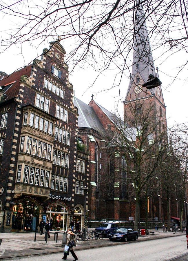 01 02 2011年,汉堡,德国 欧洲建筑学 汉堡都市风景在冬天 库存照片