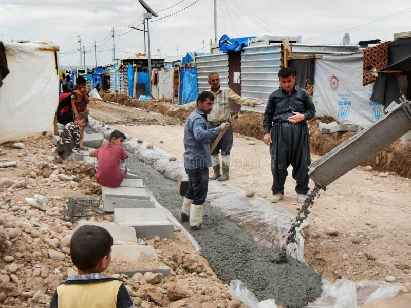 05 2017年,Kawergosk,伊拉克 :修建在酷寒北风伊拉克的难民基础设施 图库摄影