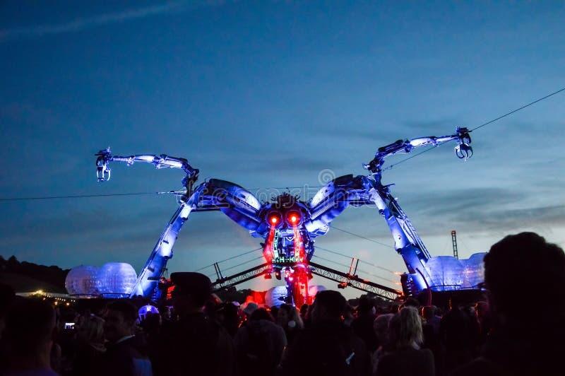 2015年6月,第27, 格拉斯顿伯里节日 在ni的世外桃源蜘蛛 免版税图库摄影