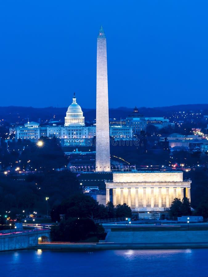 2018年3月26日-阿灵顿, VA -洗涤D C - 华盛顿D鸟瞰图  C 从镇上面  国会大厦,状态 免版税图库摄影
