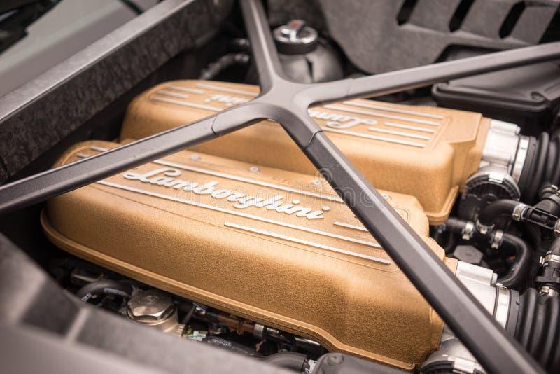 2017年Lamborghini Huracà ¡ n LP640 Performante引擎 免版税库存图片