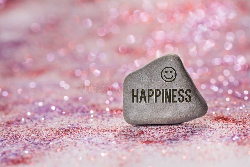 幸福在石头刻记 免版税库存图片