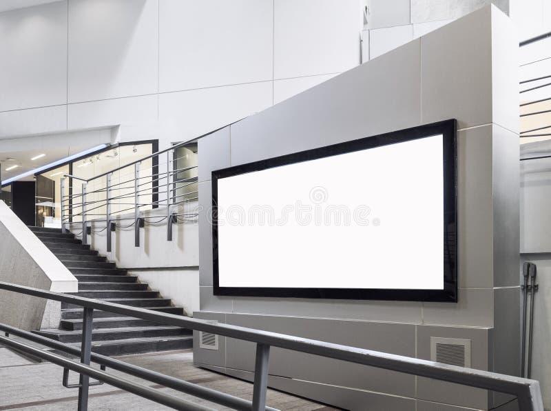 广告牌横幅标志嘲笑显示内部商店 库存照片