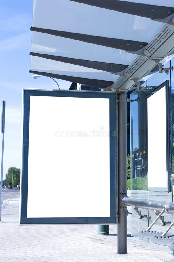 广告牌空白公共汽车站 免版税库存图片