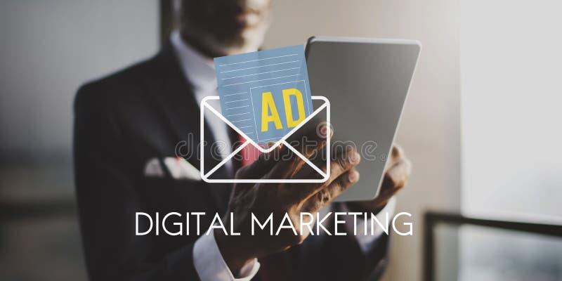 广告社会媒介互联网信件概念 库存照片