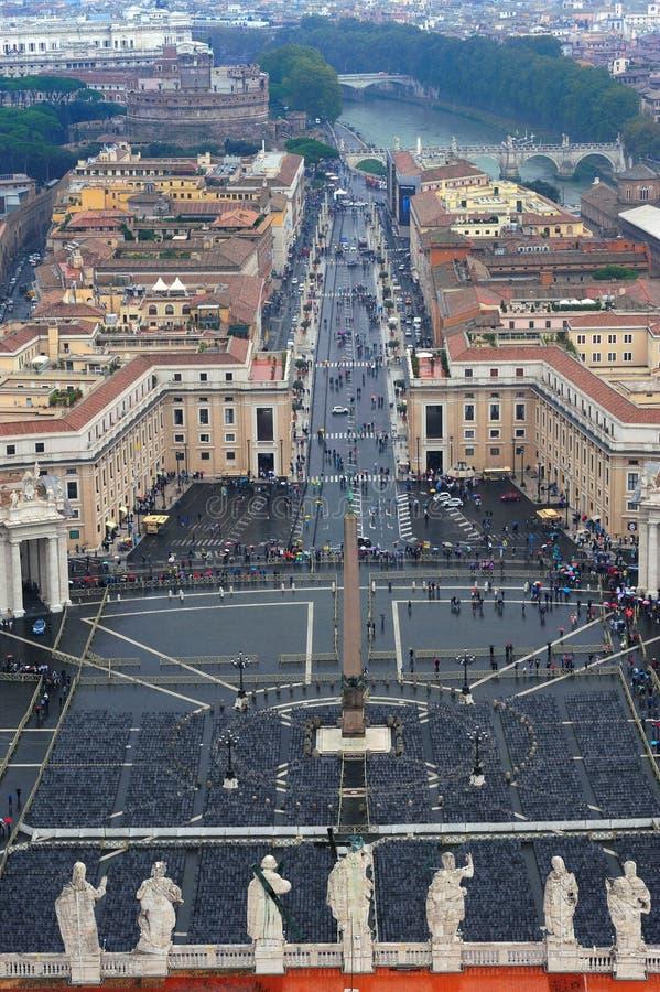 广场圣彼得罗在梵蒂冈 免版税库存照片