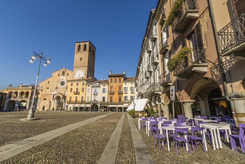 广场della Vittoria, Lodi,意大利 图库摄影