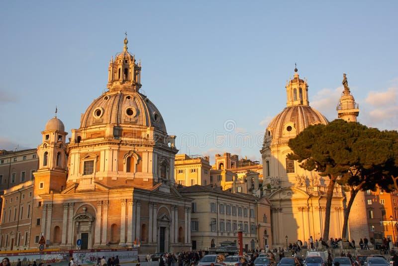 广场Venezia在晚上,罗马,意大利风景看法  免版税库存图片