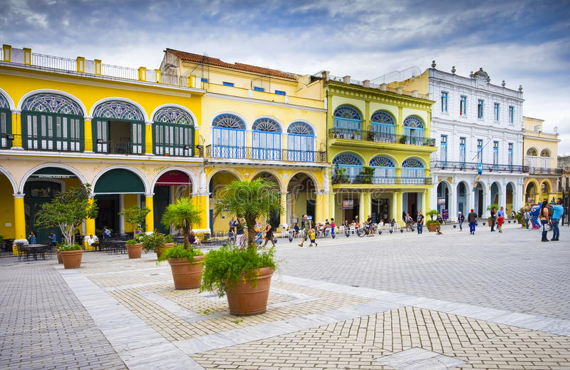 广场Vieja,哈瓦那旧城,古巴 免版税库存照片