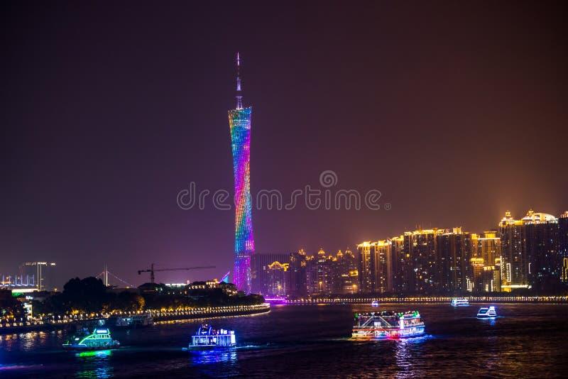 广州塔和珠江夜视图 免版税库存照片