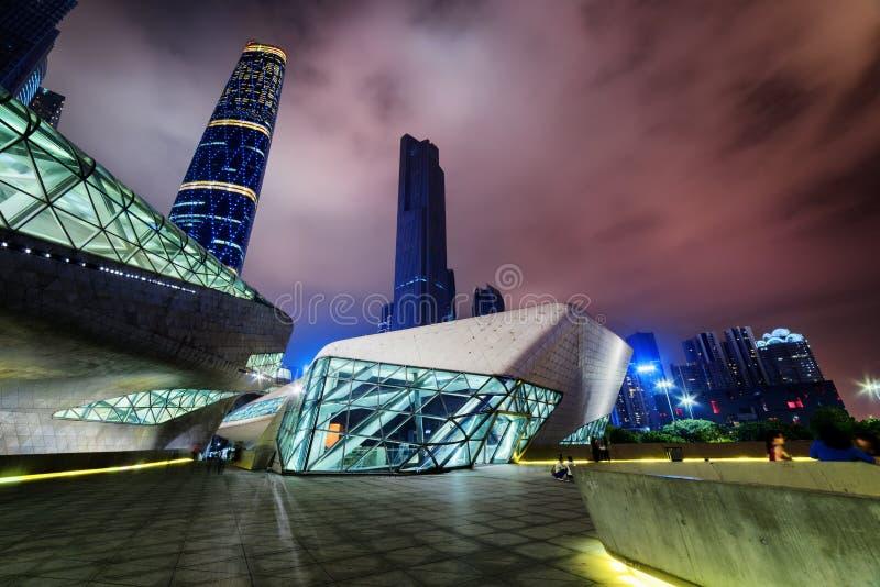 广州歌剧院的惊人的夜视图,中国 免版税图库摄影