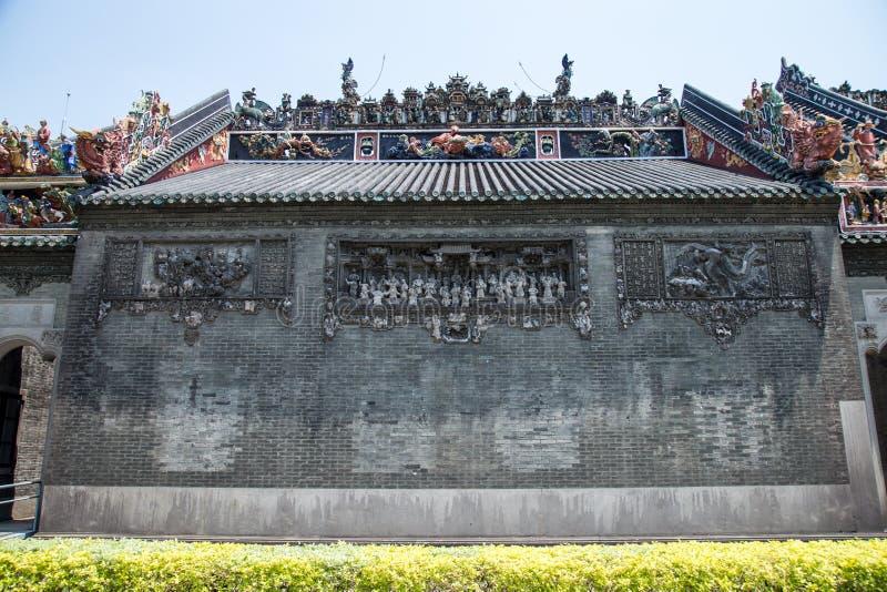 广州,中国著名旅游胜地,陈祖先大厅,其中一个房子 免版税库存照片