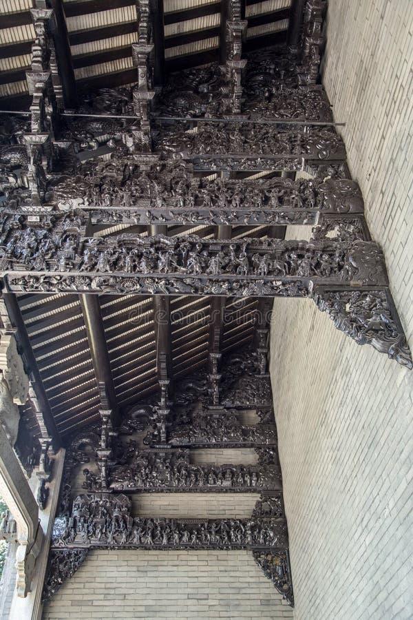 广州,中国著名旅游胜地,陈祖先大厅,雕刻与木头雕刻了广东普遍的形象,建筑 免版税库存图片