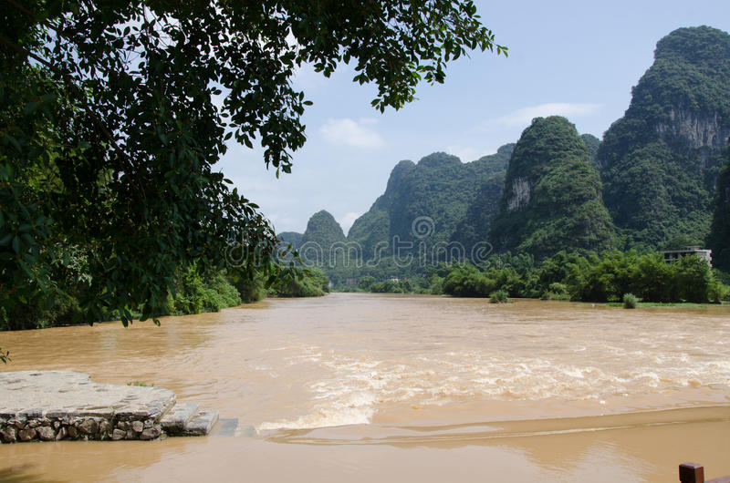 Download 广西,省,中国 库存图片. 图片 包括有 beautifuler, 末端, ,并且, 风景, 的treadled - 59110029