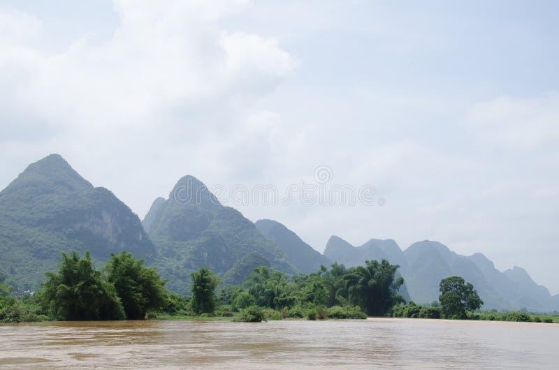 Download 广西,省,中国 库存照片. 图片 包括有 beautifuler, ,并且, 末端, 天空, 的treadled - 59110030