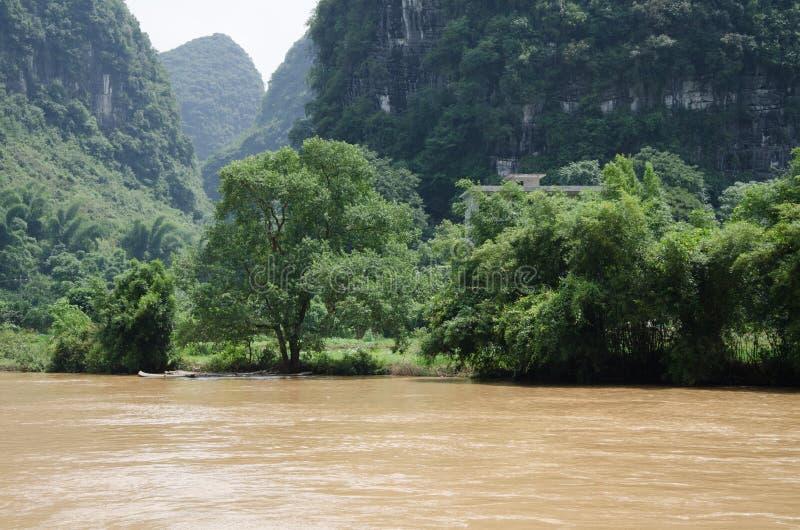 Download 广西,省,中国 库存图片. 图片 包括有 阿富汗尼的, 末端, 天空, 风景, 的treadled, ,并且 - 59110047
