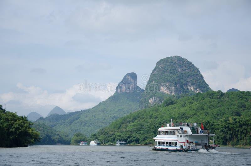 Download 广西,省,中国 库存照片. 图片 包括有 的treadled, 绿色, ,并且, 风景, beautifuler - 59110298