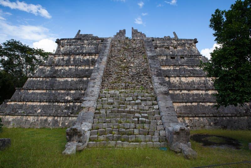 庄严玛雅废墟在奇琴伊察,墨西哥 免版税库存图片