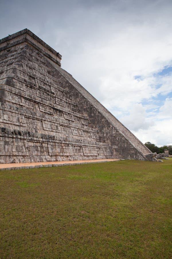 庄严玛雅废墟在奇琴伊察,墨西哥 库存图片