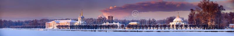 庄园全景冬天 库存照片