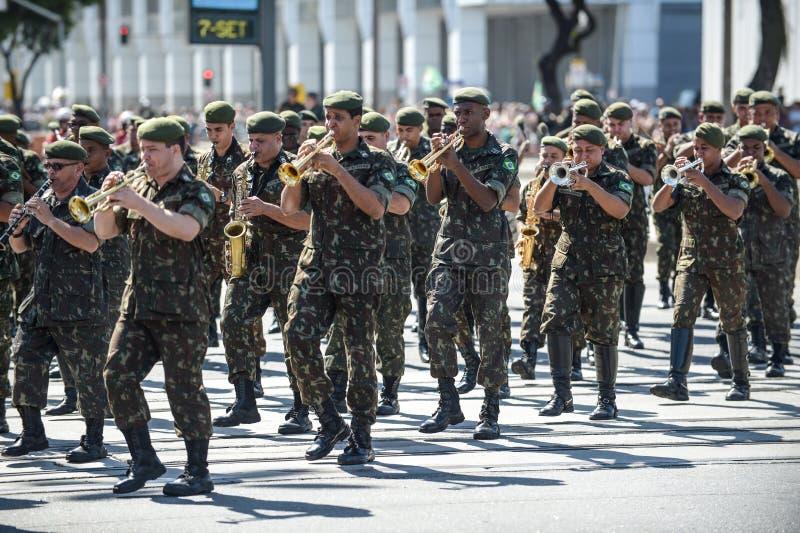 庆祝巴西的独立的军事民事游行 图库摄影