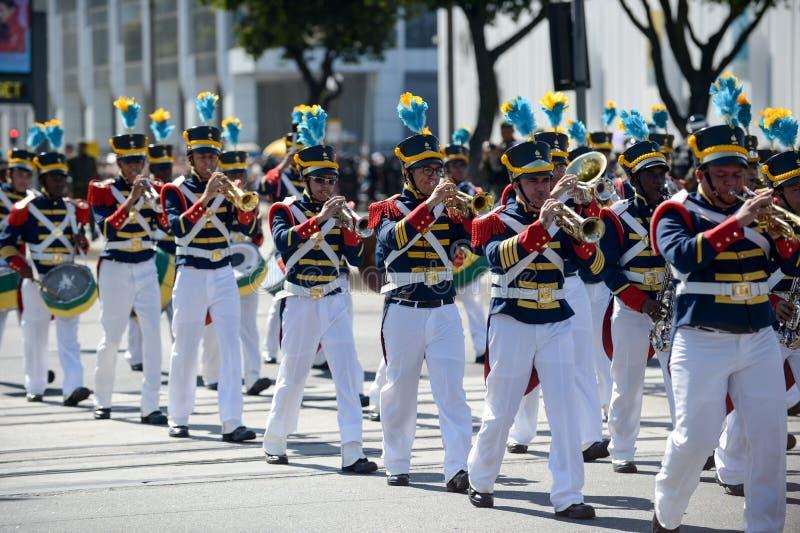 庆祝巴西的独立的军事民事游行 免版税库存照片