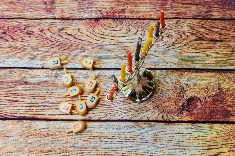 庆祝犹太假日的Hanukah蜡烛 库存照片