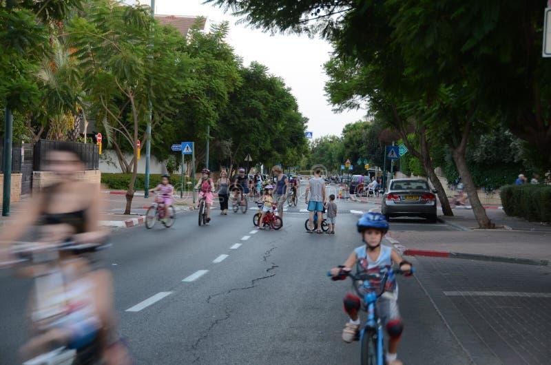 庆祝赎罪节(赎罪日)伊芙的人们在以色列 免版税库存图片