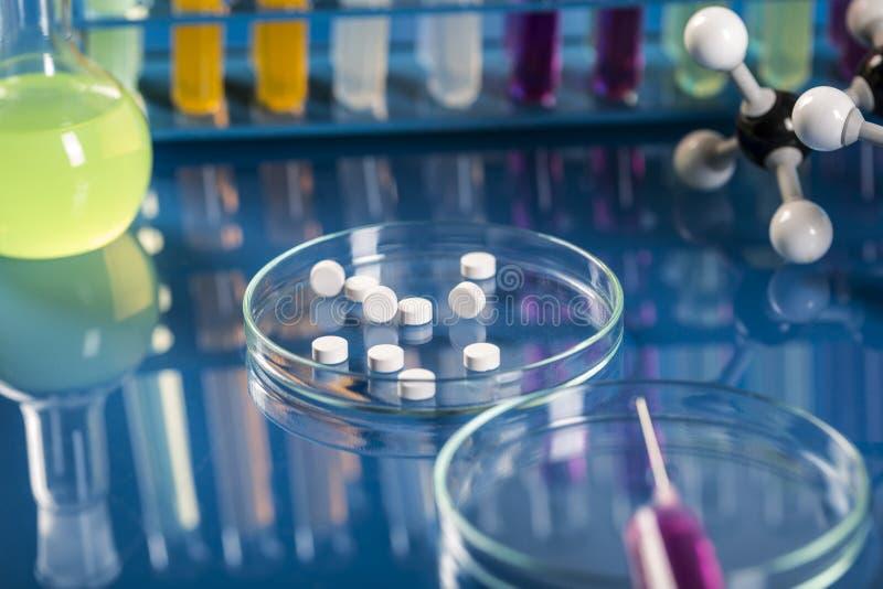 临床试验在实验室里 免版税库存图片