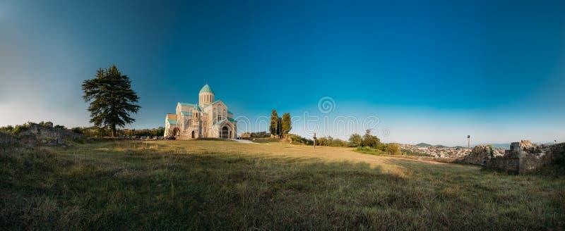 库塔伊西,乔治亚 Bagrati大教堂全景  联合国科教文组织世界遗产名录 库存图片