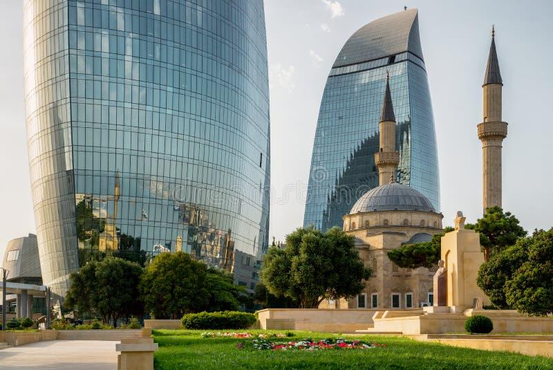 巴库,阿塞拜疆- 7月24 :阿塞拜疆的首都的城市视图, 2014年7月24日,与伟大的现代建筑学 免版税库存照片