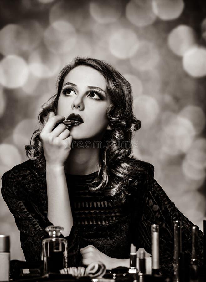 应用化妆用品妇女 免版税库存照片