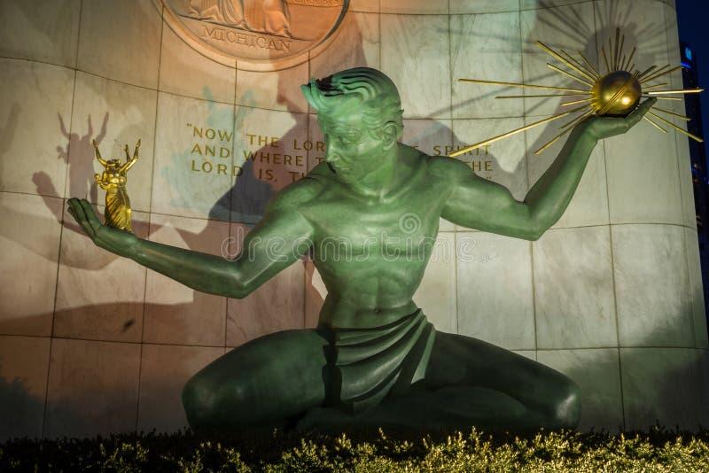 底特律的精神是一座城市纪念碑在底特律,密执安 美国 库存图片