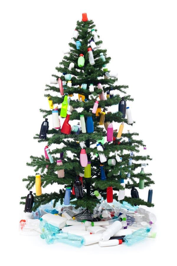 废塑料的瓶装饰圣诞树 库存照片