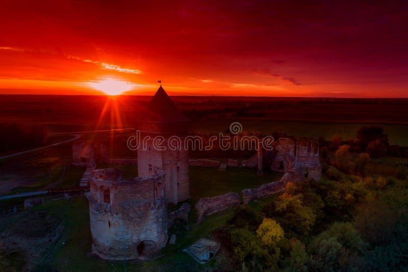 废墟的中世纪堡垒 库存图片