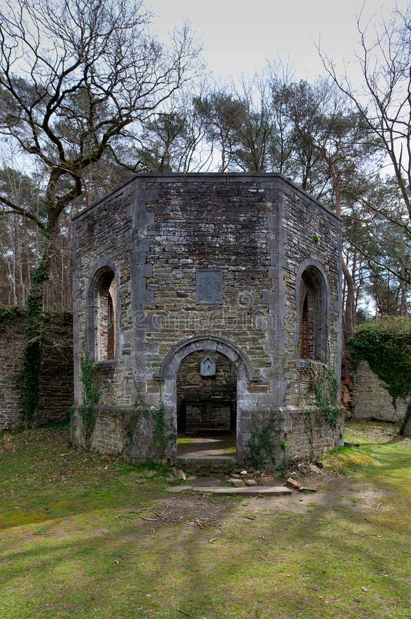 废墟维莱尔la韦莱,比利时教堂修道院  库存照片