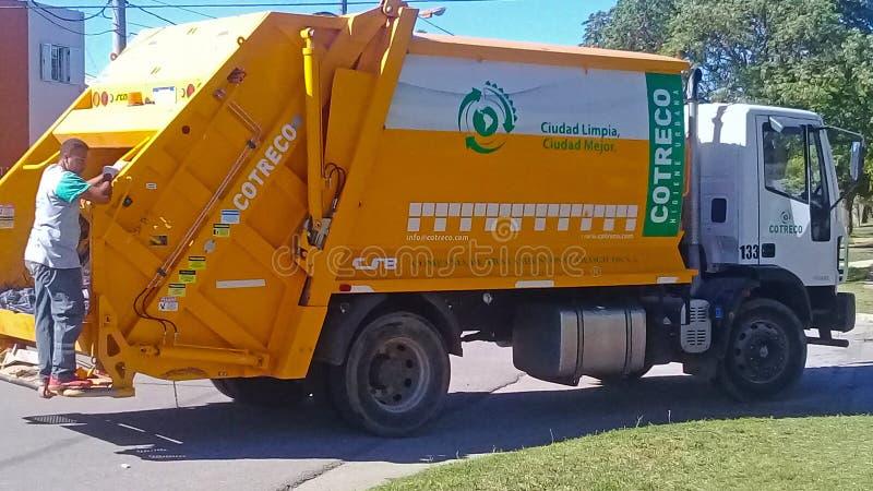 废弃物收集卡车 免版税图库摄影