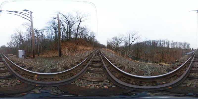 360度,球状,无缝的全景火车轨道 免版税库存照片