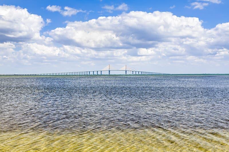 3 10座海湾桥梁桥梁计算在skyway阳光坦帕顶部世界 库存图片