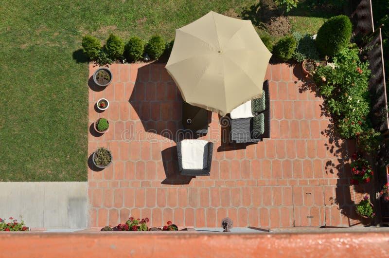庭院家具从上面 免版税库存图片