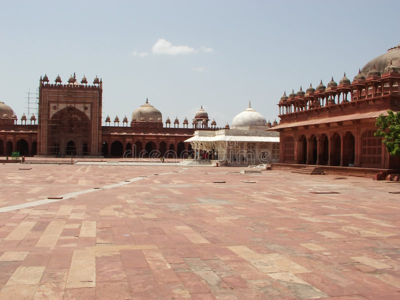 庭院离开的fatehpur sikri 免版税图库摄影