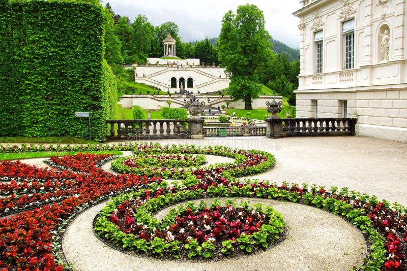 庭院linderhof宫殿 库存照片