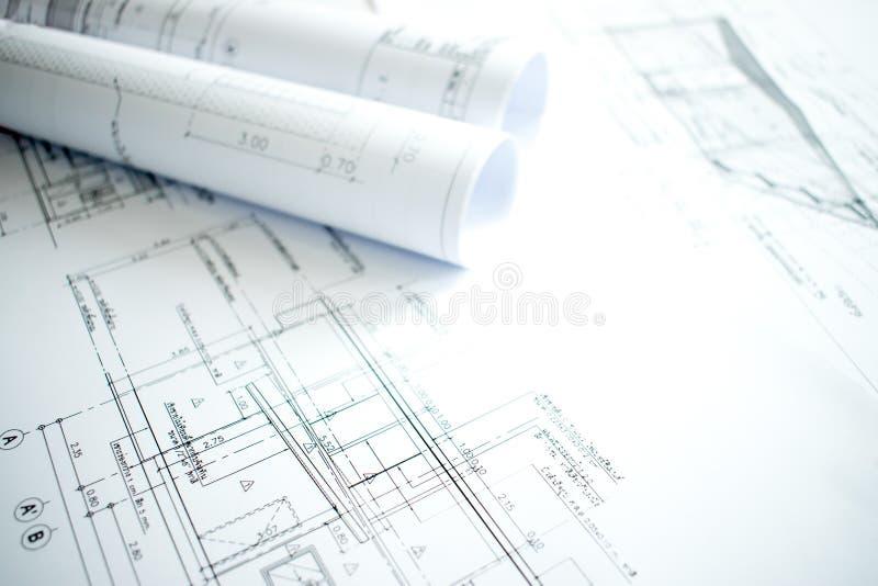 建筑学的特写镜头图象与建筑和设计细节的在工程师桌上 库存图片