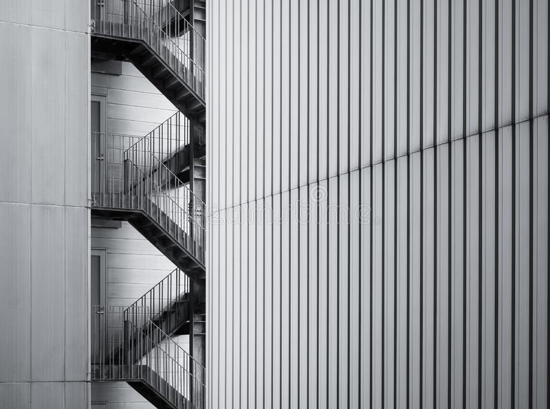 建筑学细节现代修造的外部楼梯 免版税库存照片