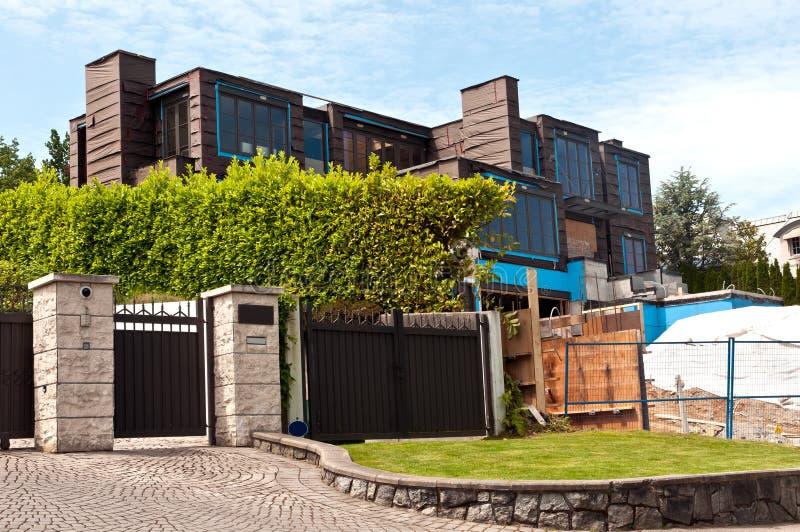 建筑家庭现代站点 免版税库存照片